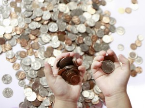coins-in-hand-1245246-639x477